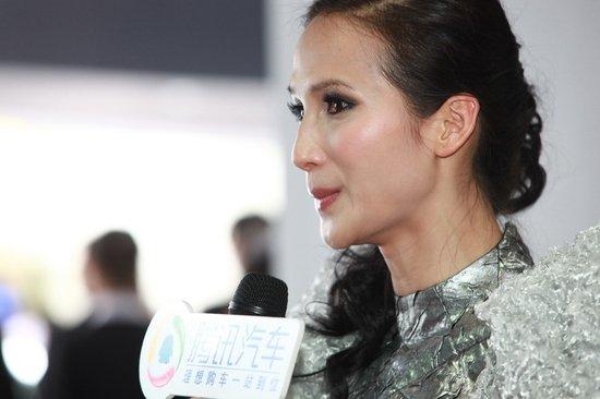 [视频]腾讯汽车专访奥迪展台模特黄超燕