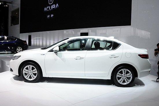 [新车上市]讴歌混动紧凑车ILX售价32.8万
