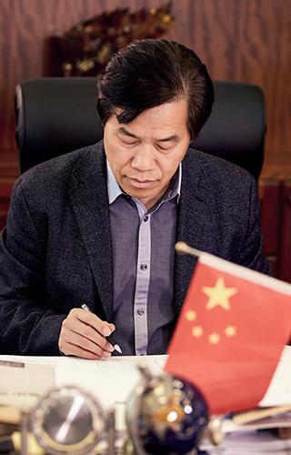 海马汽车集团董事长孙忠春