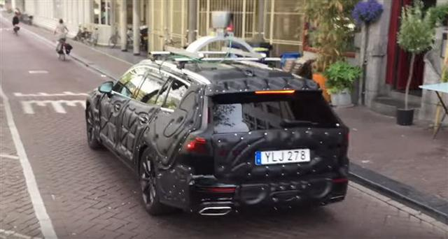 实力赶超疾驰、宝马 全新沃尔沃V60谍照曝光