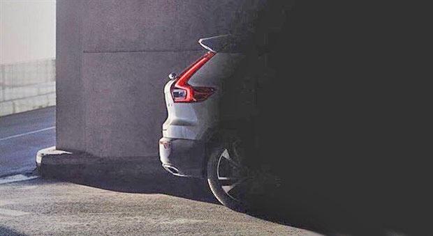 沃尔沃XC40全新预告图曝光 或法兰克福首发