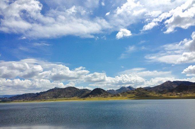 大美新疆景色宜人