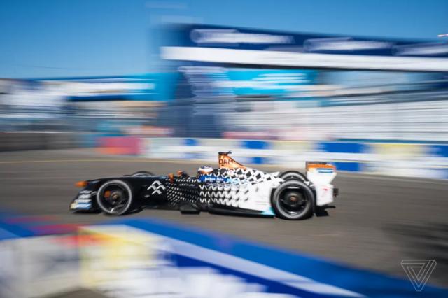 法拉第未来可能会削减Formula E团队来节约现金