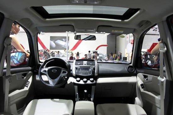 力帆X60豪华型成都车展上市 售价8.4998万高清图片