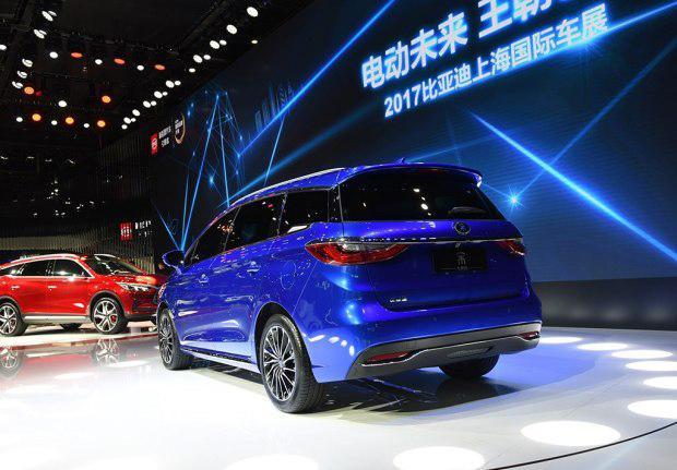 比亚迪宋七座版上海车展正式发布