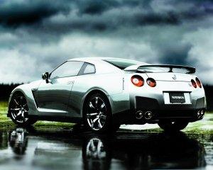 快乐痛苦并存 赛道试驾日产GT-R