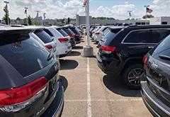 美国11月轻型车销量微跌0.5% 丰田凯美瑞/本田思域大跌30%