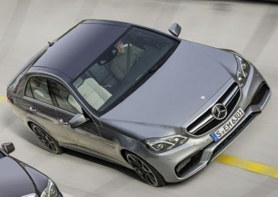 奔驰早前已经公布了这款车的动力系统,新款e63 amg将依然高清图片