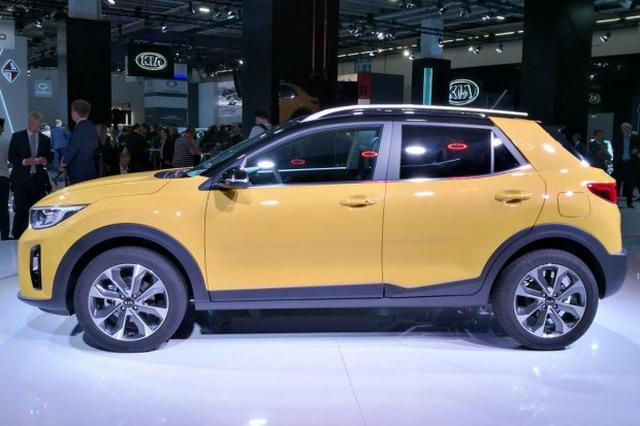 主打时尚运动化 起亚Stonic小型SUV首发