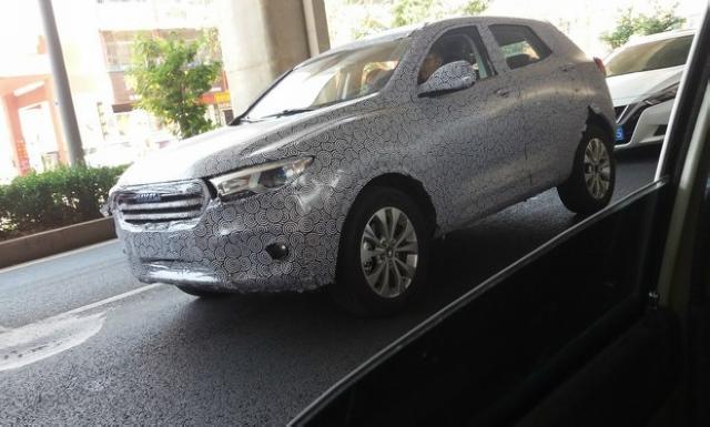 哈弗新增全新小型SUV谍照曝光 颜值胜过H1