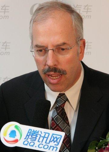 保尔:霍尼韦尔在华开展发动机新技术研发