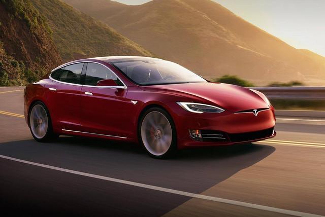 """不甘做""""老三"""" 马斯克透露将推出更快的Model S"""