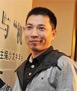 《京华时报》副总经理 张利东