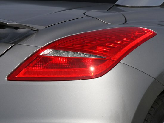 极致法式优雅 腾讯汽车法国体验标致RCZ