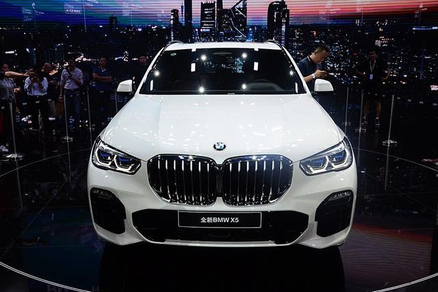新车来了:新一代宝马X5 豪华感/越野性再升级