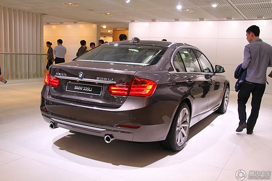 宝马新3系长轴距版亮相北京车展 年底上市
