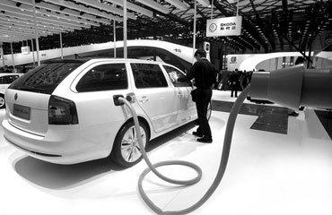 新能源汽车路径转轨