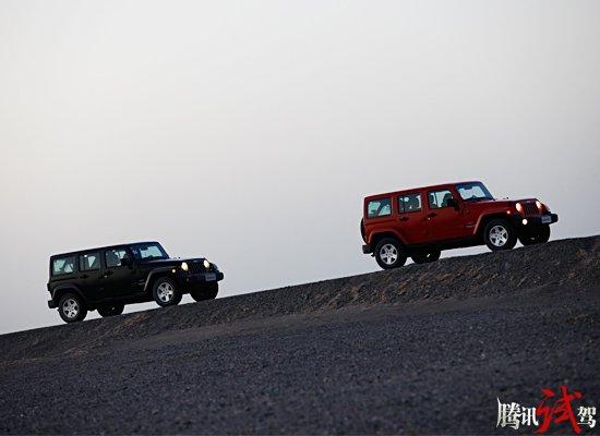 试驾Jeep2012款牧马人 飞沙走石任逍遥