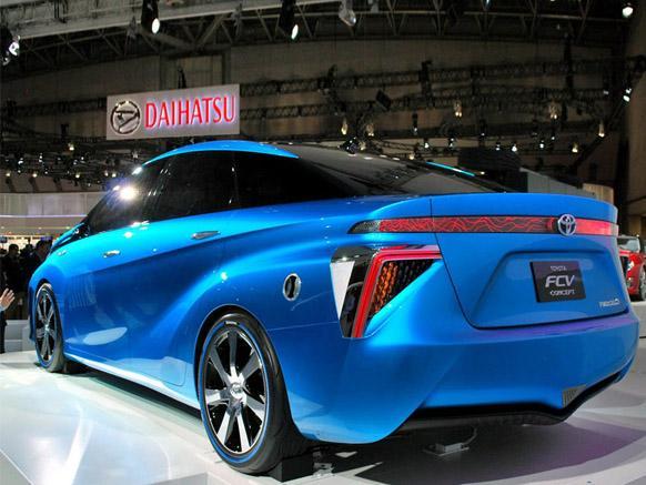 别被丰田的燃料电池车唬住了