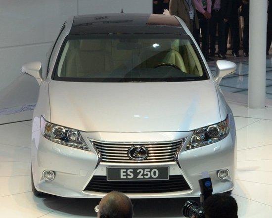 雷克萨斯全新一代ES 250北京车展发布