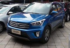 北京现代ix25量产版馆外现身 成都车展首发
