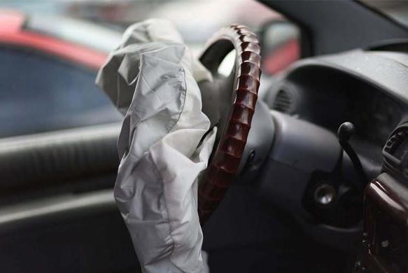 汽车安全气囊的触发条件是什么