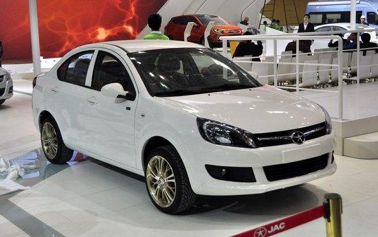 江淮新款同悦车展发布 加长轴距提升空间