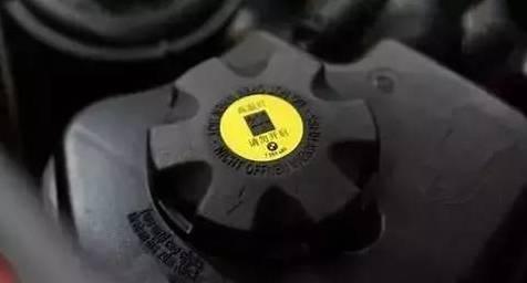车上各种油液多久换一次 记住这张时间表就够了