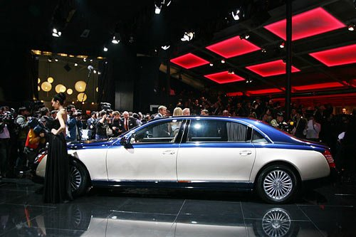 新一代迈巴赫全球首发 演绎极致王者风范