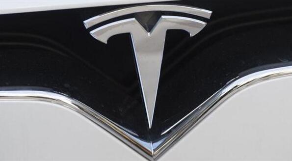 """马斯克""""放鸽子"""" Model Y车型上市延后数年"""