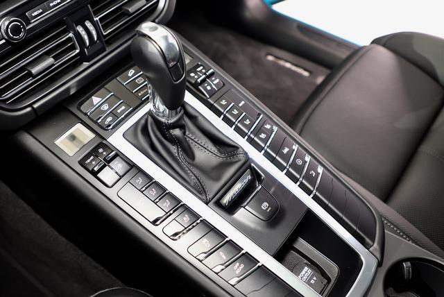售价55.80万元 保时捷新款Macan全球首发