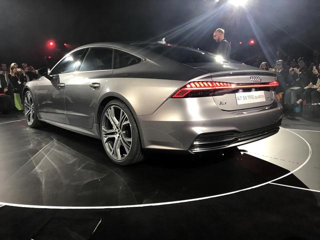 奥迪公布全新一代A7车型 四门轿跑运动晋级