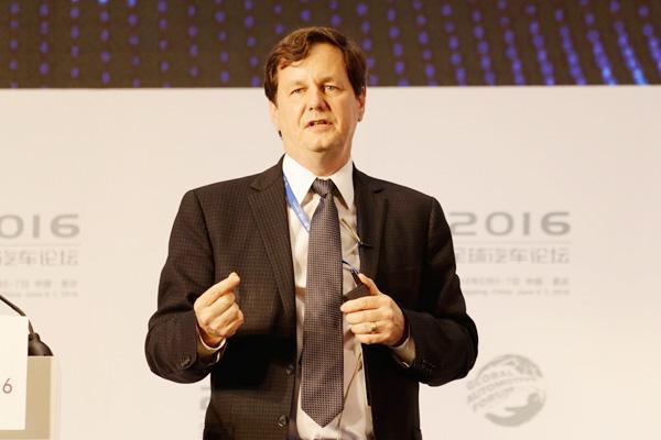 迈克尔·艾博森:四大出行方案将为汽车产业带来根本性变革