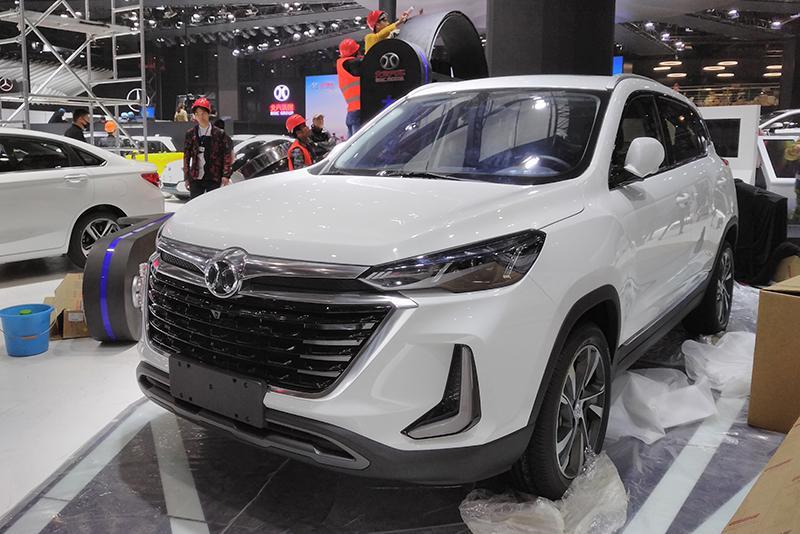 车展探营:向智能化升级 北京汽车全新紧凑级SUV
