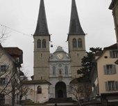 卢塞恩市的大教堂