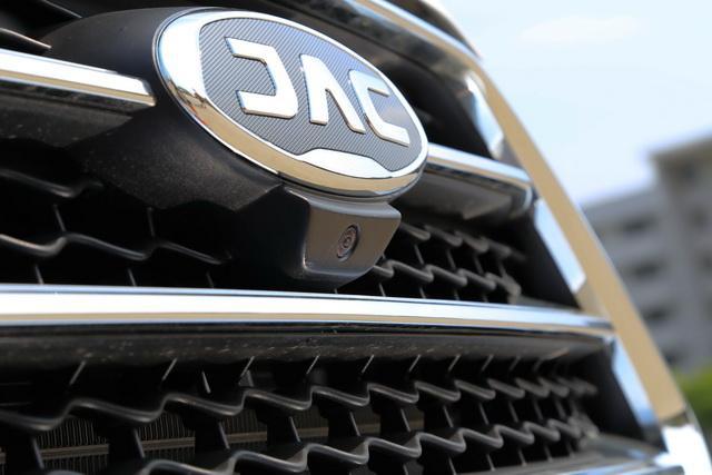 CVT智能互联型,配备了360°全景影像功能.-国产小型SUV新霸主