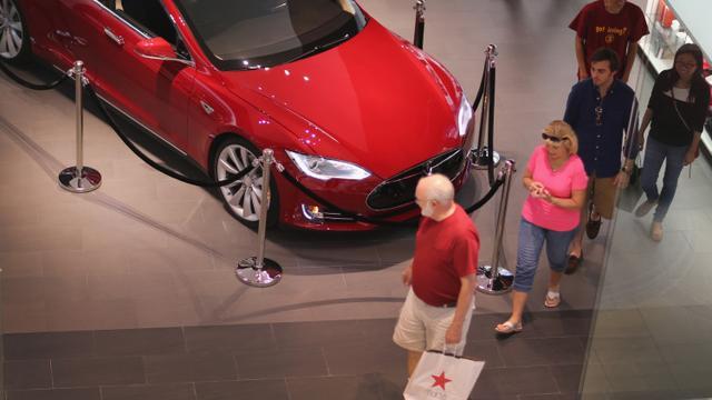 特斯拉这下尴尬了 造出了车却不让自己销售!