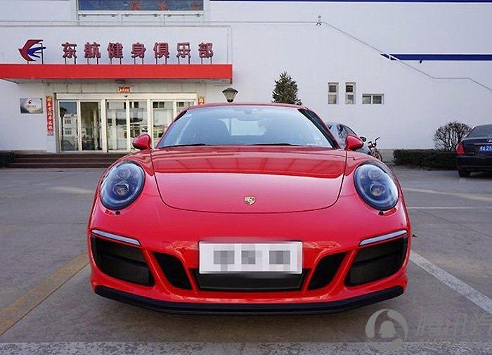 保时捷911 GTS 提车作业