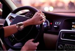 过路口一定要减速慢行 左转如何防止意外