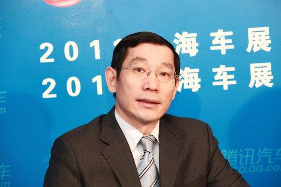 闫建明:广汽菲亚特首款车明年中期下线