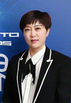 北京梅赛德斯-奔驰销售服务有限公司销售与市场营销执行副总裁 栾娜