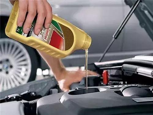 你的车烧机油了吗?学会这3招轻松判断!