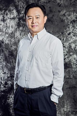 中国第一汽车集团公司董事长、党委书记,中国兵器装备集团公司董事长、党组书记徐留平