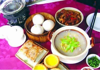 广州名吃:艇仔粥