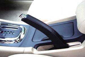 汽车的手刹保养至关重要