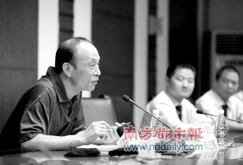 广州物价局:的士运营成本主要由消费者承担