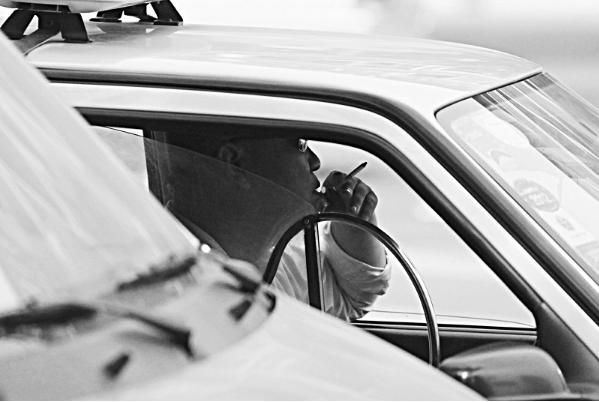 只开窗户好使吗车里抽完烟怎么快速祛味?