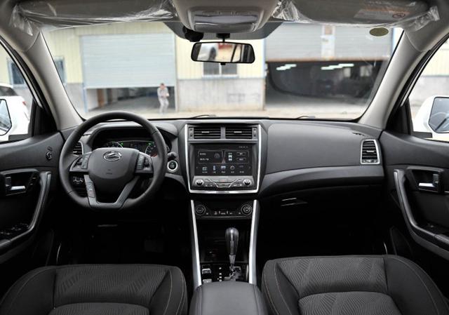 曝陆风X5 Plus配置信息 标配车身稳定系统