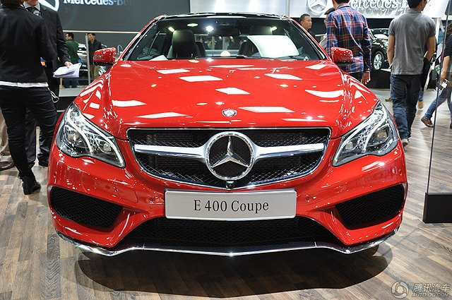 [新车上市]奔驰新款E400 Coupe售73.80万元