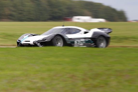 时速超300km/h 蔚来汽车首款超跑实车曝光